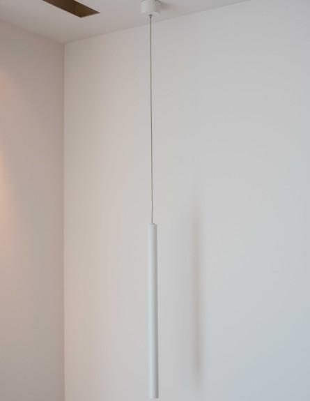 דירה במגדל דבליו, גוף תאורה בחדר השינה (צילום: גלעד רדט)