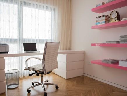 דירה במגדל דבליו 27, פינת עבודה מרווחת ונוחה