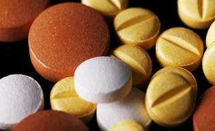 תרופות, כדורים (צילום: jsodra, Shutterstock)