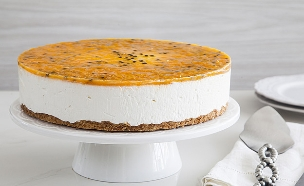 עוגת גבינה פסיפלורה (צילום: אסף אמברם, אוכל טוב)