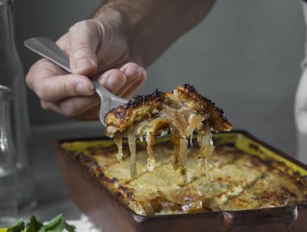 מאפה לבנוני - בורגול ותפוחי אדמה (צילום: אנטולי מיכאלו, אוכל טוב)