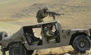 """בתרגיל על האמרים בבקעה (צילום: דובר צה""""ל, באדיבות גרעיני החיילים)"""