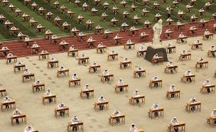 בחינה בבית הספר לסיעוד היום בסין (צילום: רויטרס)
