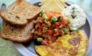 ארוחת בוקר (צילום: דן-יה שוורץ)
