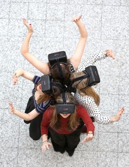 מציאות מדומה (צילום: Tim P. Whitby, GettyImages IL)