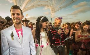 חתונה במידברן (צילום: שרון אברהם)