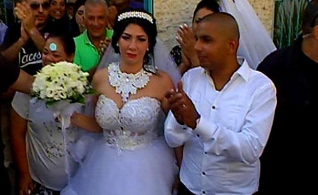 הפגנות סוערות מחוץ לחתונה (צילום: חדשות 2)