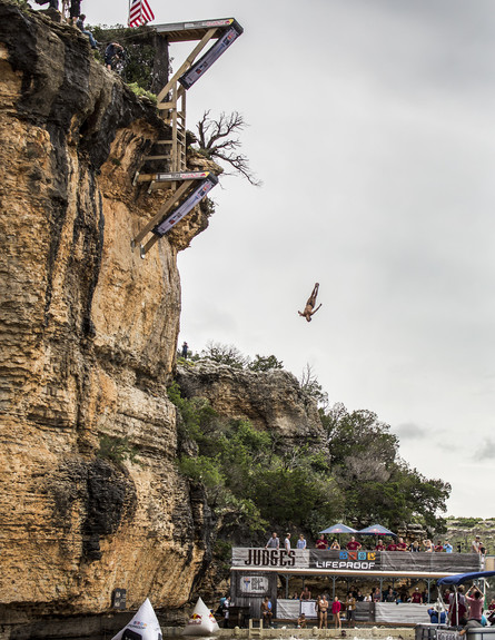 תחרות קפיצה מצוקים (צילום: Handout, GettyImages IL)