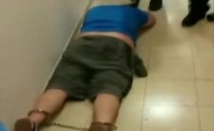 קריביצקי בתחנת המשטרה