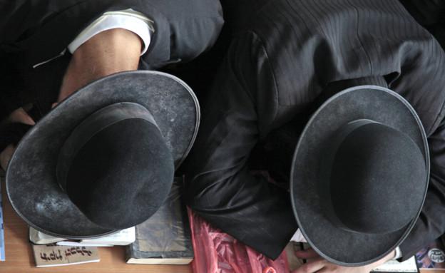 נסיעה לאומן  (צילום: AP - למצולמים אין קשר לכתבה)