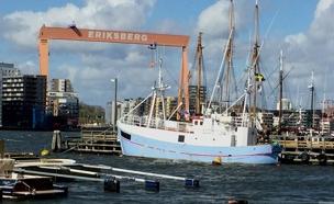 הספינה שיצאה משוודיה