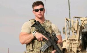 """לוחם טרנסג'נדר בצבא ארה""""ב"""
