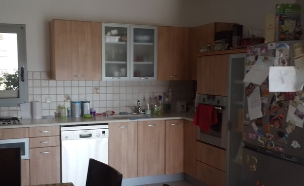 דקלה גלזר, המטבח לפני, צילום ביתי (צילום: שירן כרמל)