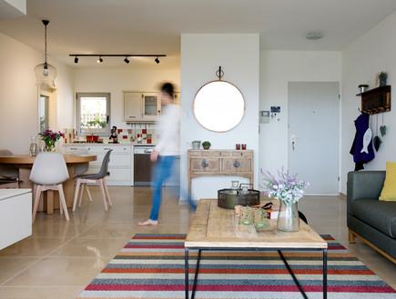 דקלה גלזר, סלון ומטבח (2) (צילום: שירן כרמל)