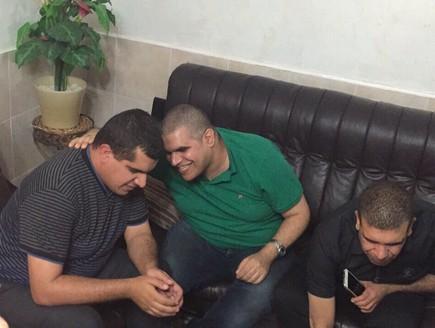 האחים בדיר