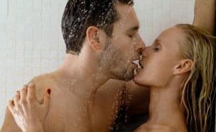 סקס במקלחת (צילום: אימג'בנק / Thinkstock)