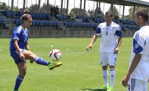 שחקניות נבחרת ישראל עד גיל 19 בכדורגל (צילום: עודד קרני)