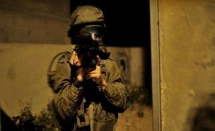 """יומני המלחמה: הקרבות ב""""צוק איתן"""" מעדשת המצלמה (צילום: חדשות 2)"""
