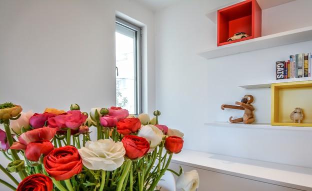 אסנת ברוקמן, פרחים (צילום: אילן לופו)