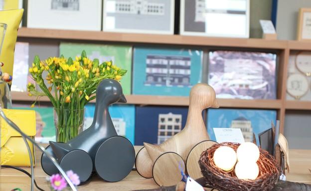 חנויות חדשות 03 מדפים, ברווזים של דור כרמון (צילום: דב רטן)