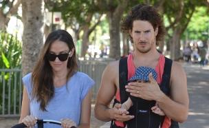 טומי ואילה עושים את תל אביב (צילום: צ'ינו פפראצי)