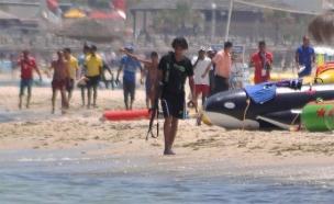 המחבל בתוניסיה, רגע לפני הפיגוע (צילום: sky news)