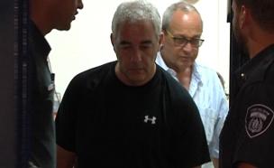 """במעצר בית. עו""""ד פישר (צילום: חדשות 2)"""