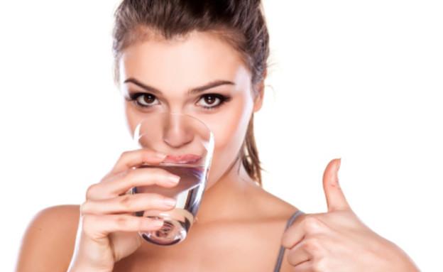 מחקר: שתיית חלב תורמת לשריפת שומן (צילום: אילוסטרציה, thinkstock)