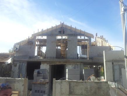 עידית זכריה, בניית הקומה השנייה