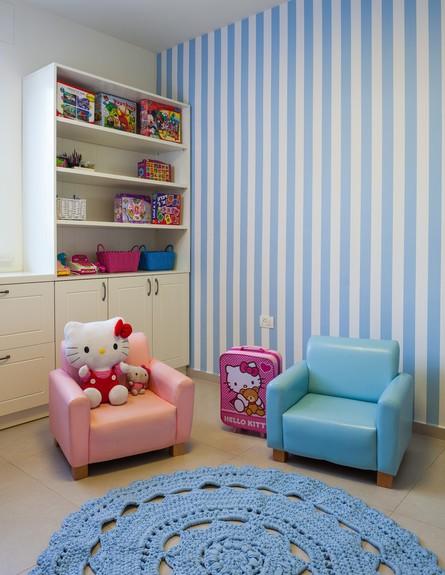 עידית זכריה, ג, חדר משחקים  (צילום: אודי גורן)
