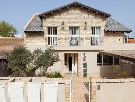 עידית זכריה, חזית הבית  (צילום: אודי גורן)