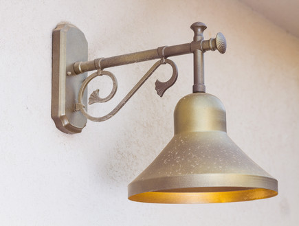 עידית זכריה, תאורה בכניסה (צילום: אודי גורן)