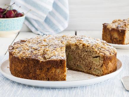 עוגת תפוחים וקינמון עם קראמבל (צילום: אסף אמברם, אוכל טוב)