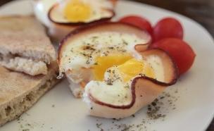 ביצה בקן פסטרמה (צילום: אילה וייס-טרמבליי ,  יחסי ציבור )