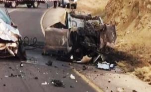 תאונה בכביש  40 מצפה רמון אילת (צילום: חדשות 2)
