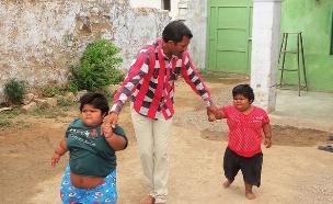 ילדות שמנות (צילום: Cover Asia Press)