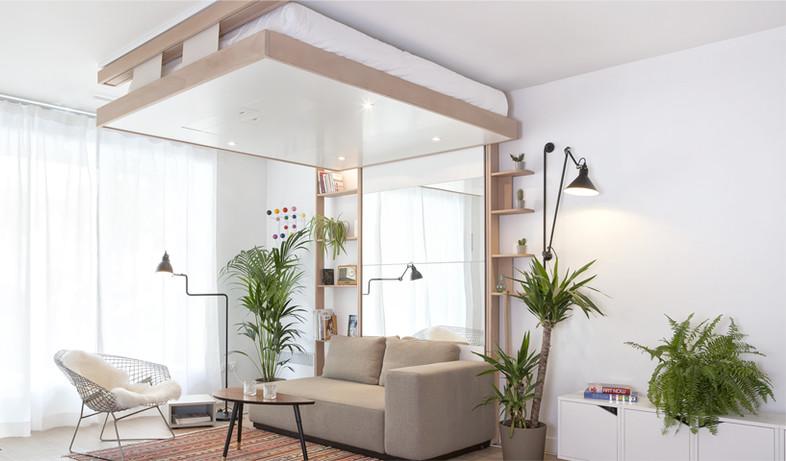 מהתקרה 01, המיטה צמודה לתקרה כאשר אינה בשימוש (צילום: bedup.fr)