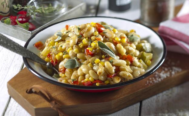 תבשיל שעועית, תירס וירקות  (צילום: אנטולי מיכאלו, אוכל טוב)