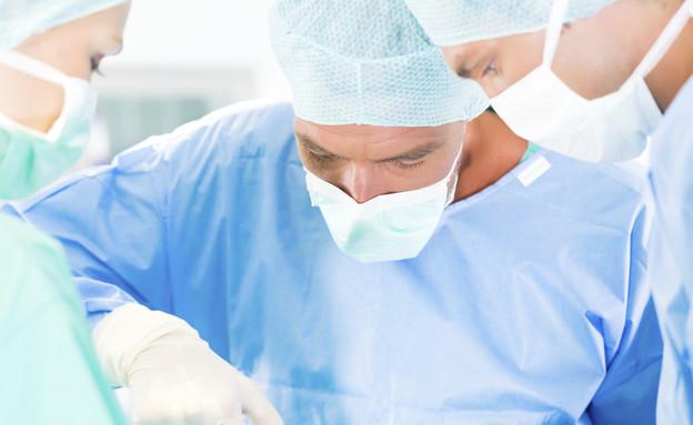 ניתוח (צילום: אימג'בנק / Thinkstock)