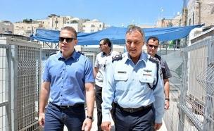 דנינו וארדן, ארכיון (צילום: מתוך הפייסבוק של משטרת ישראל)