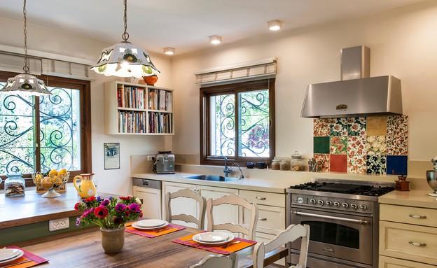 ארונות מטבח, מטבח בעיצוב לי מילוא וליאורה סגל יצחק (צילום: אורית אלפסי)
