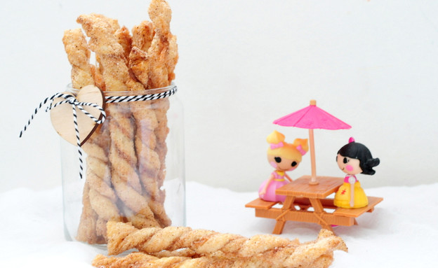 מקלות סוכר וקינמון (צילום: שרית נובק - מיס פטל, אוכל טוב)