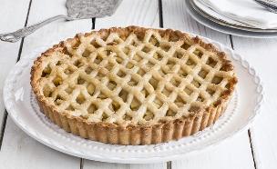פאי תפוחים קלאסי (צילום: אסף אמברם, אוכל טוב)