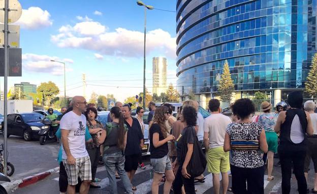 הפגנה ברחוב נחמני בתל אביב (צילום:  גל אוחובסקי)