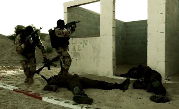 אימון מאיים בשטח בנוי (צילום: חמאס)