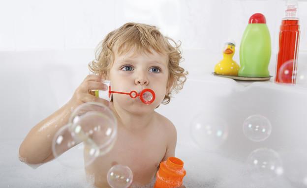 תינוק באמבטיה (צילום: ThinkStock)