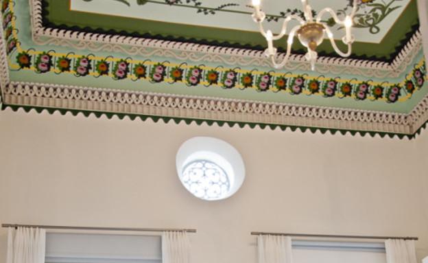פנג שואי בחדרי מלון 12, חדר מלון האפנדי עכו (צילום: סיון אסקיו)