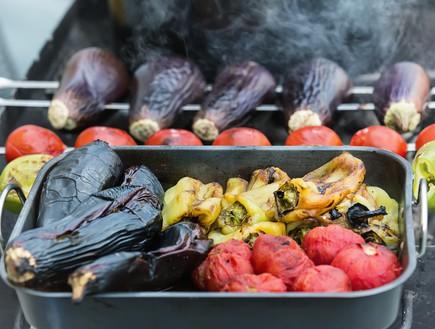 ירקות על הגריל (צילום: אימג'בנק / Thinkstock)