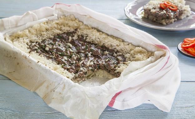 פשטידה של אורז עגול ובשר טחון (צילום: אסף אמברם, אוכל טוב)
