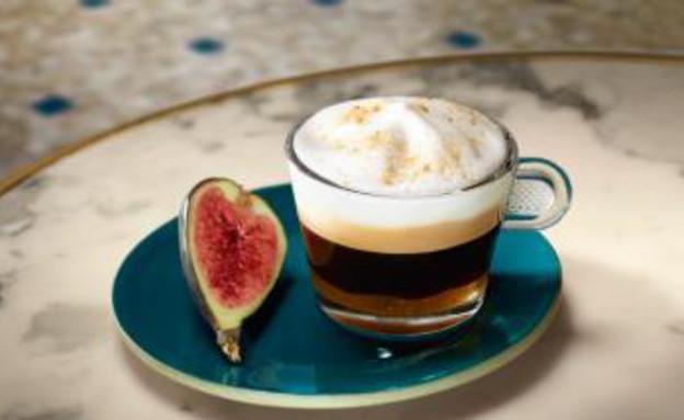 קפה הפוך עם תאנים ודבש (צילום: נספרסו)